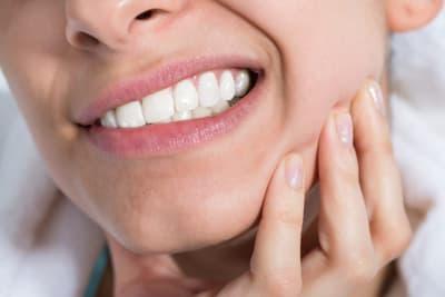 болит зуб с временной пломбой